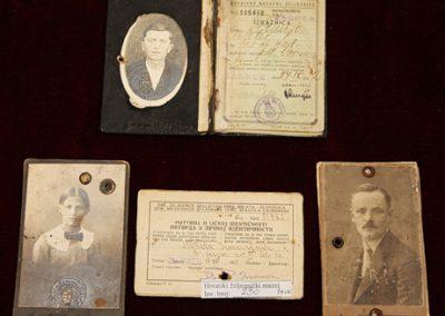 Prijevozne iskaznice, Zbirka osobne i službene dokumentacije