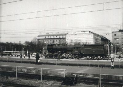Parna lokomotiva 11-015 u vrijeme izlaganja na Zagreb Glavnom kolodvoru