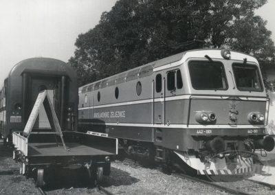 Elektro lokomotiva JŽ 442-001 kao izložak na Zagrebačkom Velesajmu